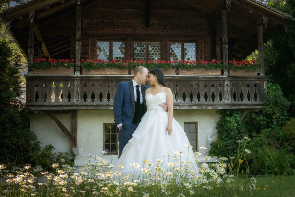 Bridal photo shoot in Oberhofen castle
