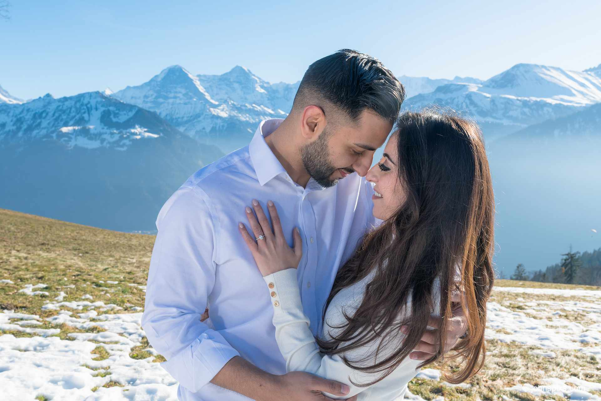 photographer surprise marriage proposal interlaken switzerland